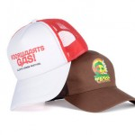 custom made mutsen - voorbeeld: Zwarte Cross trucker cap rood en chocolade