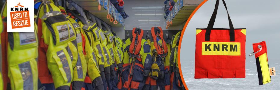 Begin 2021 is de nieuwe Reddingwinkel van de KNRM (Koninklijke Nederlandse Reddingmaatschappij) veilig de haven binnengeloodst.