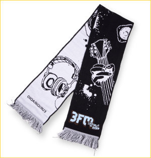 promotionele artikelen - voorbeeld: 3fm gebreide sjaal