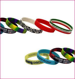 polsbandjes bedrukken - voorbeeld: siliconen armbandjes bedrukt