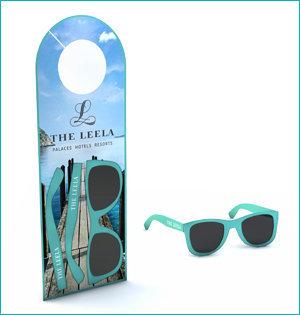 zonnebril in ansichtkaart - voorbeeld: zonnebril deurhanger