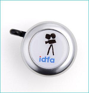 festival gadgets - voorbeeld: IDFA fietsbel
