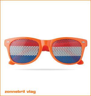 oranje artikelen - voorbeeld: zonnebril met vlag als glas