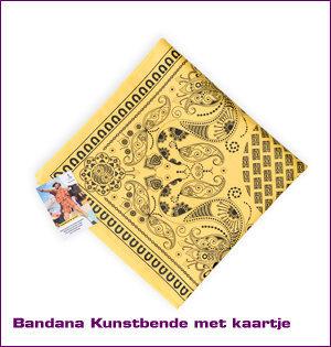 bandana bedrukken - voorbeeld: bandana Kunstbende gevouwen